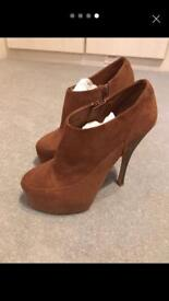 Brown suede heeled boots size 5