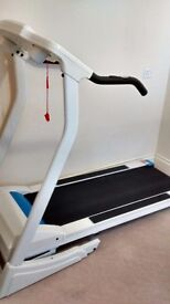 Folding Motorised Treadmill with powered incline