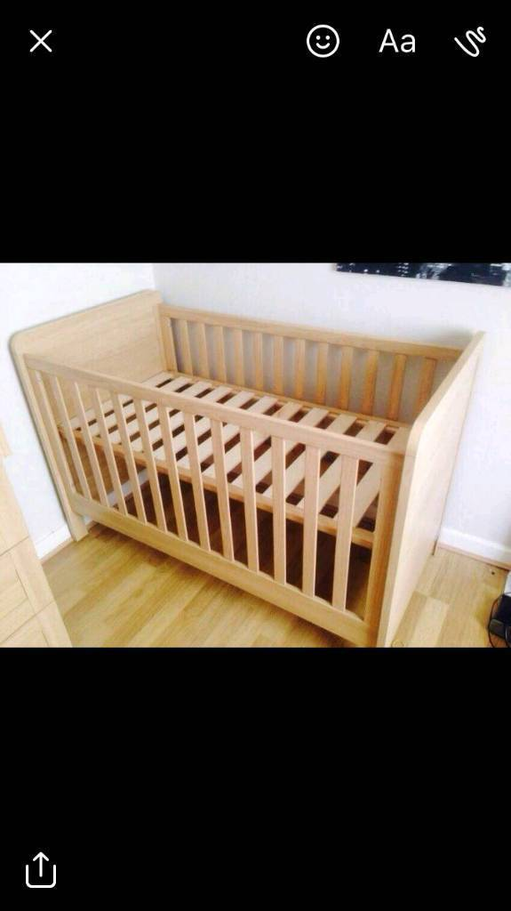 Cot Bed - Mamas & Papas