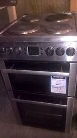 Beko electric cooker in silver like new can be seen working very clean