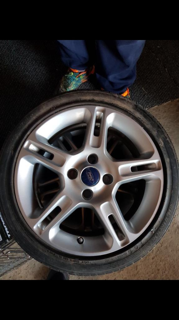 16 inch ford alloys and tyres
