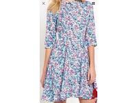 South Bow Back Detail Dress Size 12