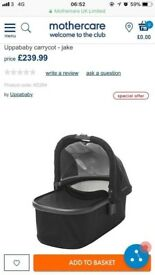 Brand new never used uppababy vista carrycot 2017 in Jake black