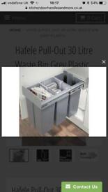 Hafele 30 litre pull out wastebin