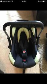 Car baby seat. ISOFIX. Black and lime.