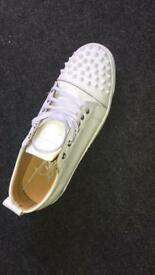 Christian Louboutin Louis Junior Spikes Calf Size 8