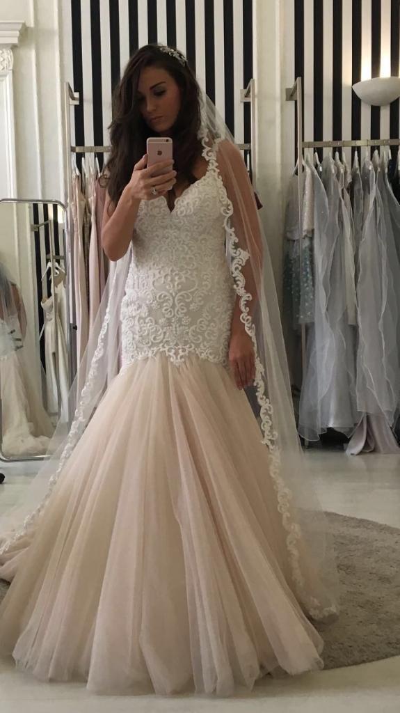 Martina Liana wedding gown bought from Eleganza Sposa | in Renfrew ...