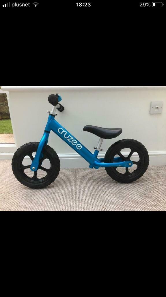 Awesome Cruzee Balance Bike With Bell Blue In Lincoln Lincolnshire Gumtree Camellatalisay Diy Chair Ideas Camellatalisaycom