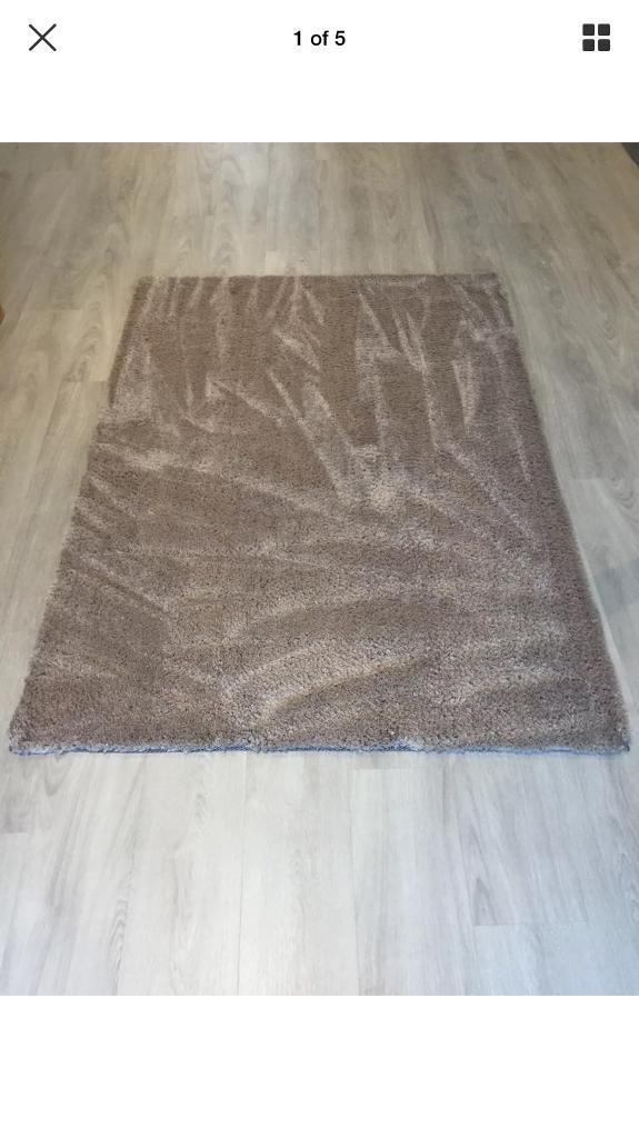 B&Q Oriana soft touch rug in mink