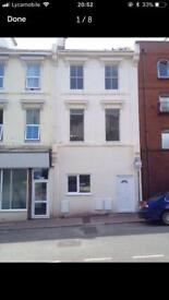 2 bed flat to rent in torquay