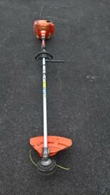 AN ECHO SRM 335 ES STRAIGHT SHAFT STRIMMER