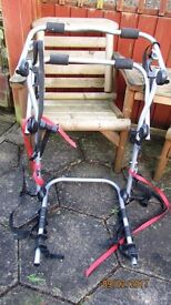 HALFORDS BICYCLE RACK - FOR 3 BIKES