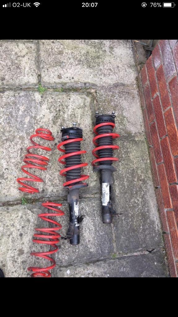 Ford Fiesta mk6 shocks. 35mm lowering springs.