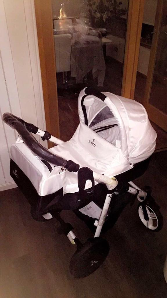 Venicci Baby Carrier/Pram & Isofix Car Seat with Bag and Clips