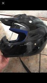 Teenager/small adult motor bike helmet