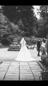 Wedding Dress by designer David Tutera, size 8/10