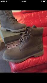 Mens timberland boots size uk8 brand new!!
