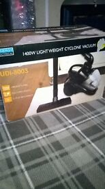 1400w light weight vacuum cleaner brand new retail £35 want £10 bargain