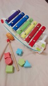Musical and sorting toy