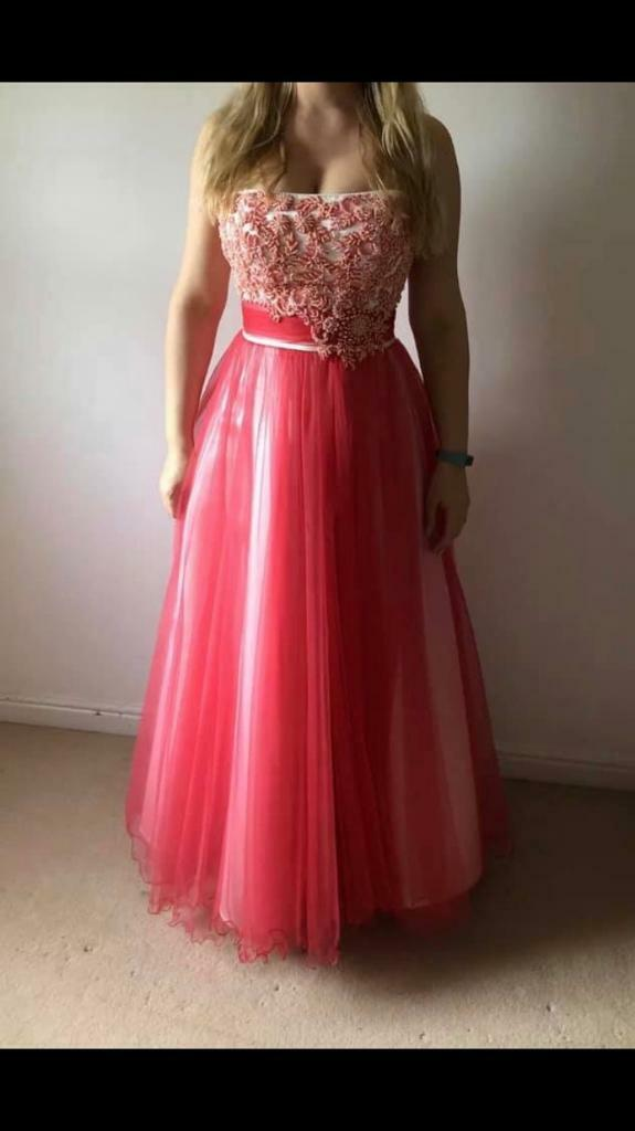 6a02a1fed1dc2 Maggie Sottero wedding dress, bridesmaid, evening, prom size 8   in ...