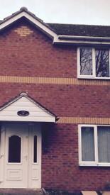 Modern,large ,2 bed ground floor flat (Winyates,Redditch, B98 0ua)