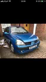 Renault Clio breaking TED48