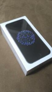 Brand New iPhone 6 32GB - Locked to Rogers , comes with 1 Year Warranty!