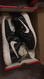 Nike roshe one's men's