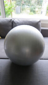 birthing / exercise ball Reebok 65cm silver