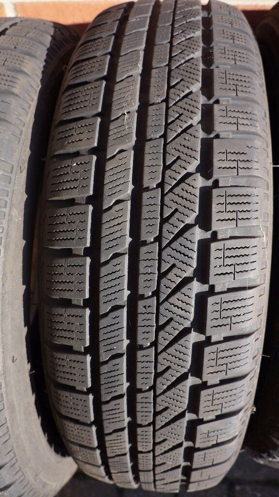 winter tyres excellent condition bridgestone blizzak lm 30. Black Bedroom Furniture Sets. Home Design Ideas