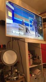 """JVC 43"""" TV MODEL: LT-42C571"""