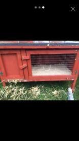 Small rabbit hutch and run