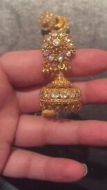 22ct gold bangles rings necklaces and earrings £32 gram