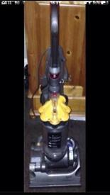 Dyson hoover dc33