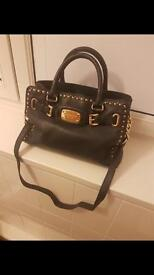 Genuine Michael Kors bag and matching purse (good condition)