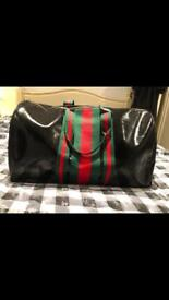 Men's Gucci black gym style bag large hold-all great quality