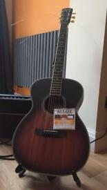 Larrivee OM03 Limited Sunburst Guitar