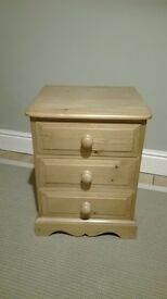 Small Pine chest of draws