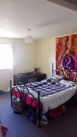 Double Room in Dalry From the 27th April to 7th June £400!!!