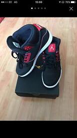 Jordan Black/Red UK 7