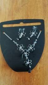 Silver costume jewellery set