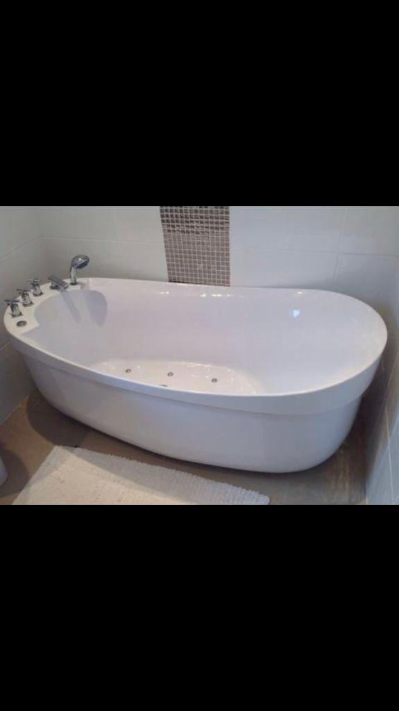 freestanding whirlpool bath | in Swansea | Gumtree