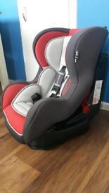 9-18kg car seat