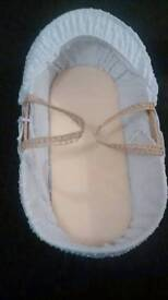 Bassinet/Moses basket: Claire de lune/ Contact with best offer