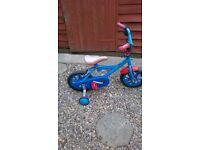 boys bike with stabilizers' £10