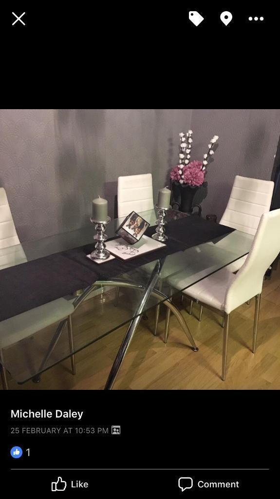 Glass Dining Room Table 6 White Leather Chairs