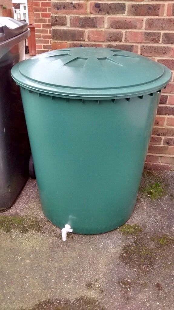 310 litre Water Butt with tap - very good condition been used for purified water only