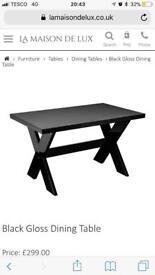 Black gloss x leg dining table maison du luxe