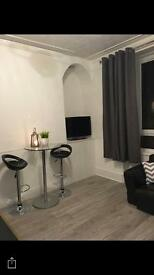 1 double bedroom within a newly refurbished 2 bed fully furnished flat