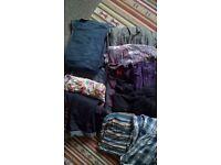 Maternity clothes bundle (size 12/14)